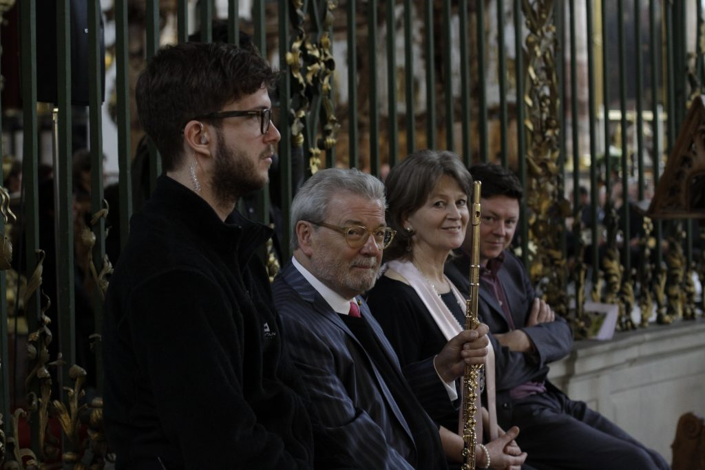 Pádraigín Ní Uallacháin with Sir James Galway and Dónal O'Connor in St Gallen