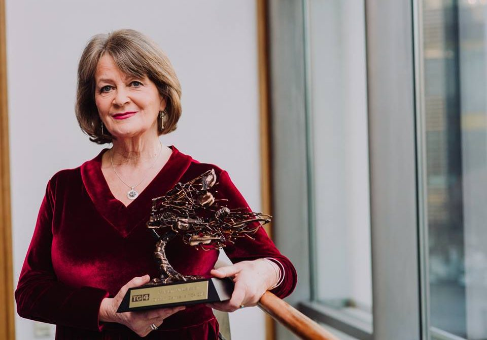 Pádraigín receives GRADAM TG4 award for 'outstanding contribution' to traditional song. 2018